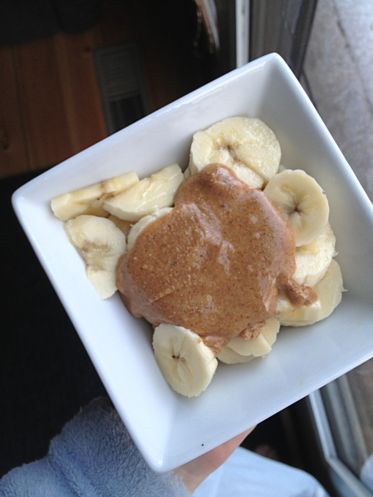 banana with almond butter